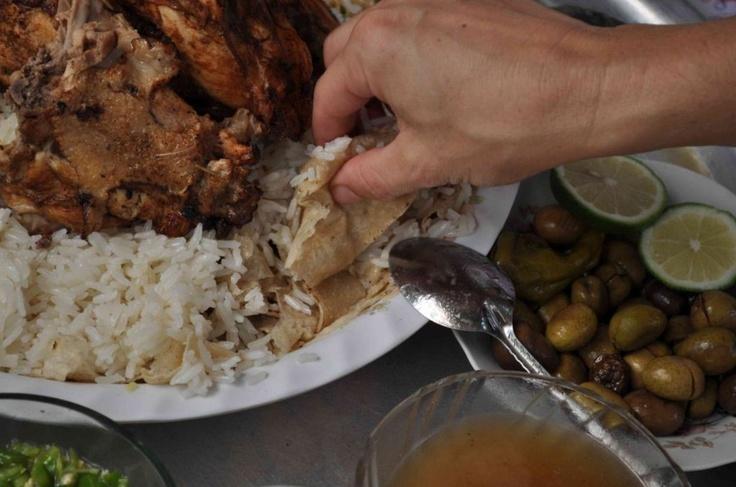 ¡Los fanáticos de la comida palestina podrán leer sobre esta fascinante gastronomía a través del libro The Gaza Kitchen! Conoce más en: http://www.sal.pr/2013/04/09/retratan-la-gastronomia-de-gaza/