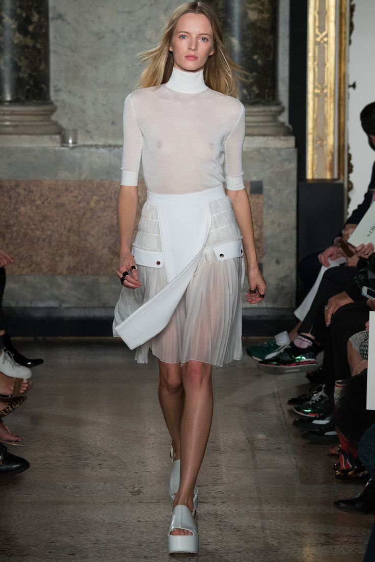 Spring 2015 Ready-to-Wear - Ports 1961