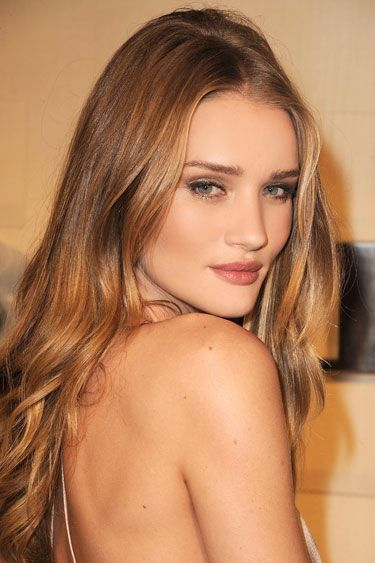 Get the most out of your hair's natural texture with a spray on shine product, like Rosie Huntington-Whiteley's hair. Read more hair care and hairstyle tips here: http://www.esalon.com/blog/6-ways-to-age-proof-your-hair/