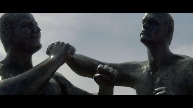 """A letra da clássica canção folclórica de Woody Guthrie, """"This Land Is Your Land"""", é o pano de fundodo novo comercialde Johnnie Walker, que integra a campanha """"Keep Walking America"""", e que busca ilustrar a famosa assinatura da marcapelo ponto de vista dos cidadãos trabalhadores dos EUA de hoje. O filme- criado pela Anomalye dirigido por Chris Sargent, da Anonymous Content - começacom as palavras: """"Only look back, to see how far you've come."""" Em seguida, uma narração recita, em inglês e…"""