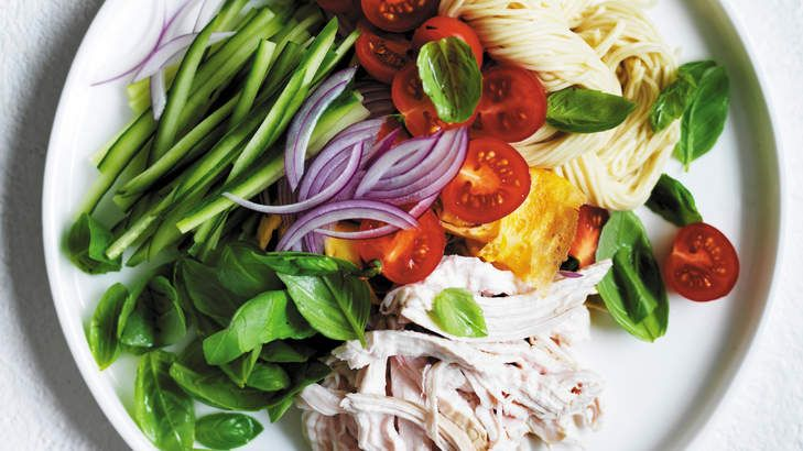 Perfect for summer: chicken noodle salad.