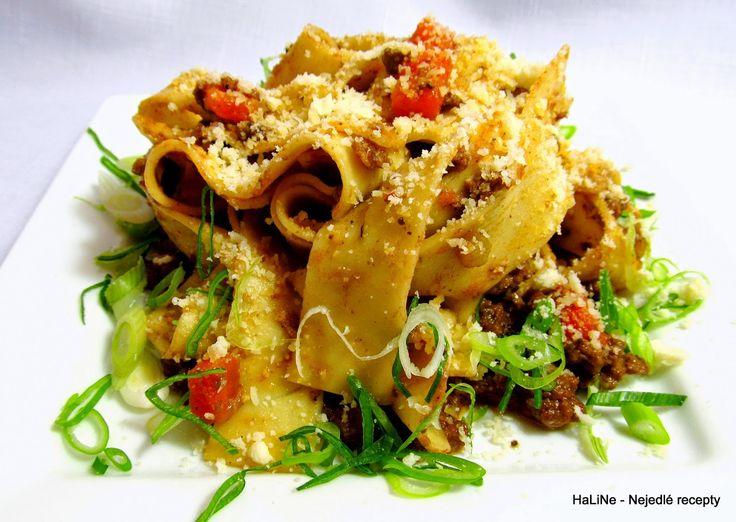 Nejedlé recepty: Masovohoubová směs na těstoviny