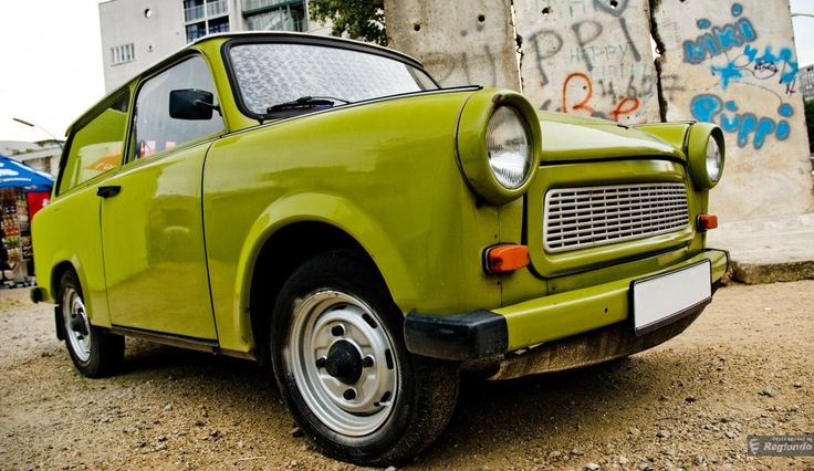 In this Trabi Safari, you will get the opportunity to explore East Berlin in an iconic Trabant vehicle that was a symbol of the East German car industry. Discover the remnants of Berlin's East and West divide and how Germany's capital city has transformed since reunification.
