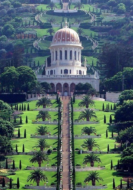 The Bahá'í Gardens in Haifa and 'Akko, Israel - Wow! Look at the symmetry - and built on a hill!
