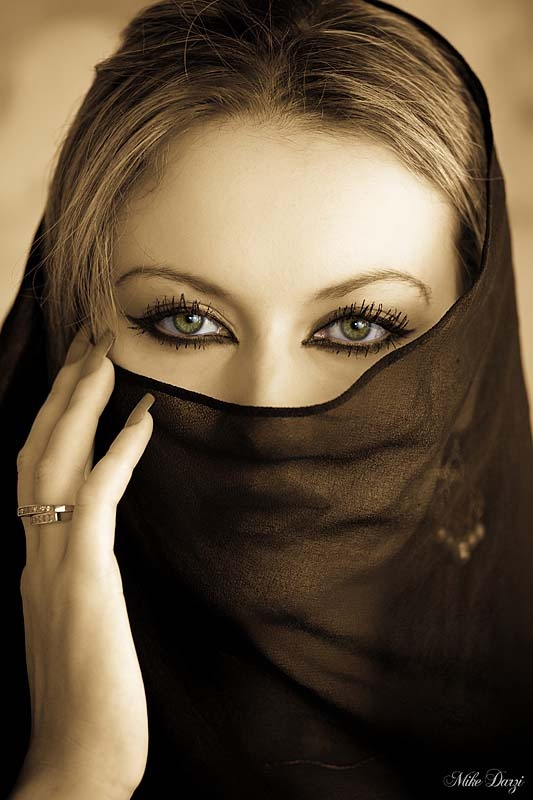 veils and nails