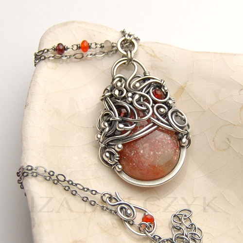 NEW The Rennervate Necklace by Iza Malczyk, on Etsy $215.00