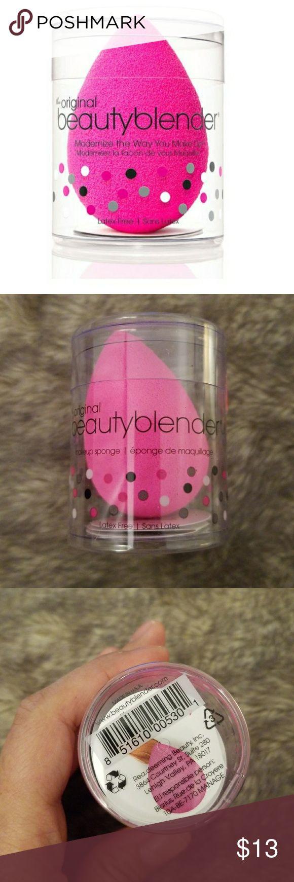 Original Beauty Blender New. Authentic. Original packaging Beauty Blender Makeup Brushes & Tools