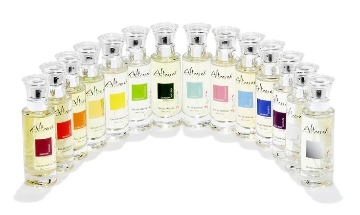 Eaux de parfums 30 ml.  Subtil mélange d'alcool de blé bio et 10 % d'huiles essentielles Bio.
