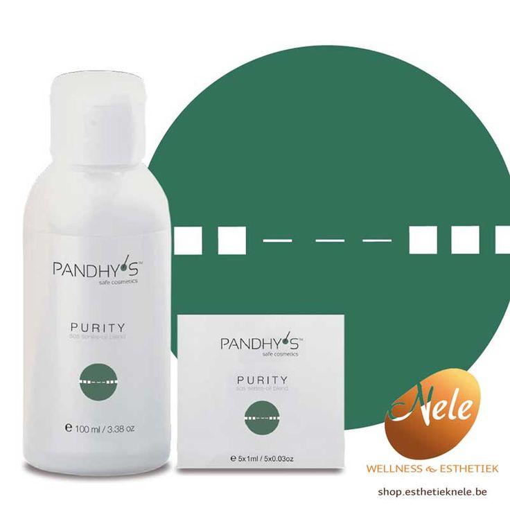 De PANDHY'S SOS Purity Oil Blend is een herstellend serum voor acne en ontstoken huid op basis van o.a. zwarte komijn en hennepolie. Zwarte komijn wordt in de eerste plaats gebruikt voor zijn antiseptische eigenschappen. Hennepolie is buitengewoon rijk aan linoleenzuur en gamma-linoleenzuur. Gamma-linoleenzuur is een belangrijk onderdeel van de celwand en is zeer effectief voor de behandeling van artritis en (huid)ontstekingen. Klinische onderzoeken bewijzen dat linoleenzuur en…