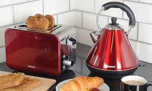 Add a hint of modernism and elegance to the kitchen with this smart kettle and toaster set in traditional retro style