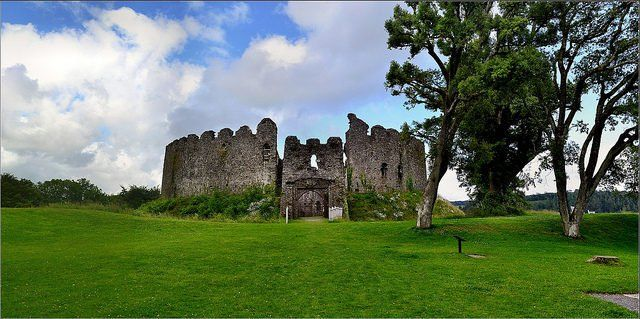 Built atop an early Norman mound, Restormel Castle lies by the river Fowey in Cornwall, England. It has a perfect circular design and is one of the four chief Norman castles of Cornwall. It was probably originally built around 1100 after the Norman conquest of England as a motte-and-bailey castle. Founded by the Sheriff of …