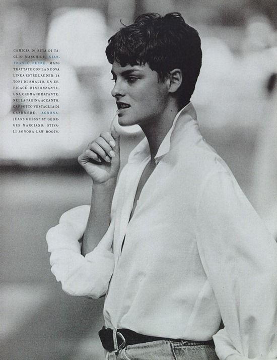 chemise Gianfranco Ferre - Linda, Vogue Italia October 1989, by Peter Lindbergh