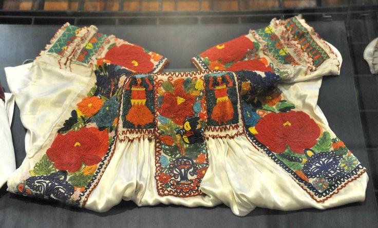 https://flic.kr/p/g1ZZsA   Beaded Blouse Puebla Mexico   A vintage beaded blouse probably made in San Gabriel Chilac in the Valle Tehuacan de Puebla, Mexico.  Museo Regional de Puebla.