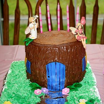Fairy House Cake Tutorial - I might make this for my baby sister when she's a bit older.