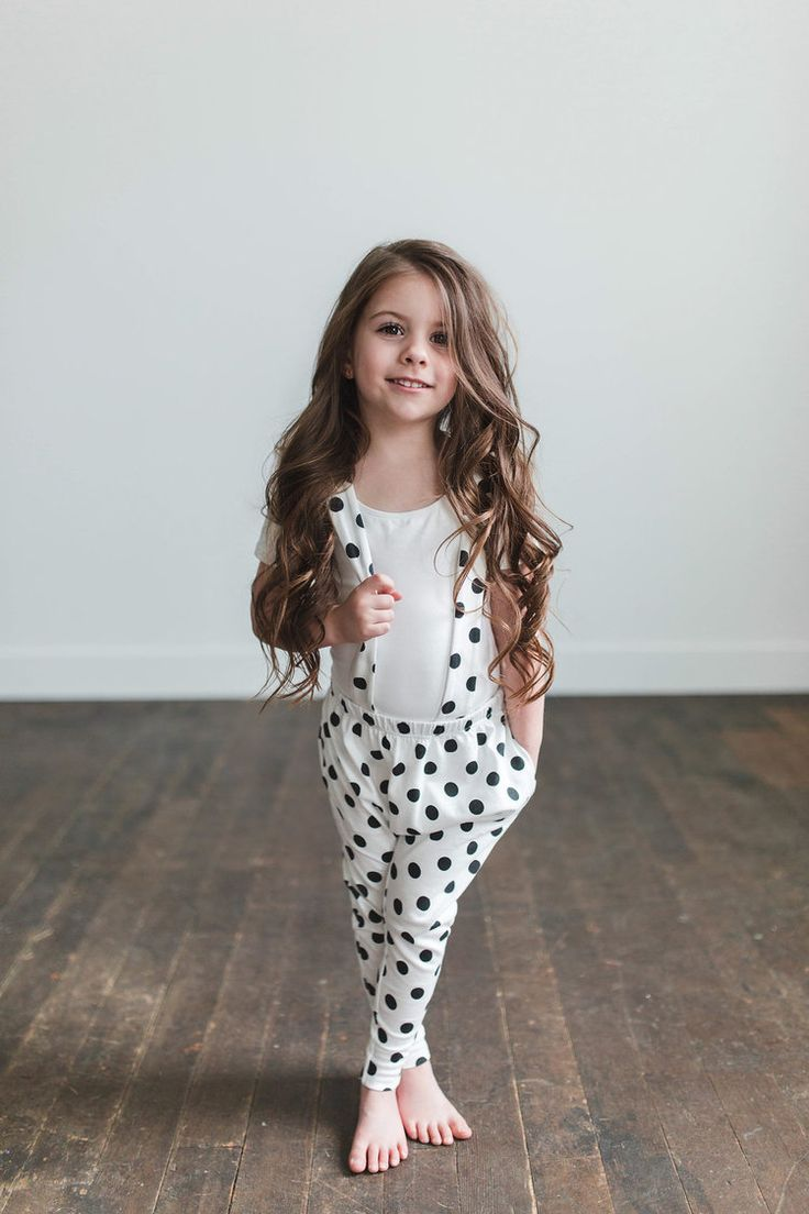 These polka dot suspenders are everything. So cute and practical. Click here for more baby girl fashion and style. Perfect for family photos.