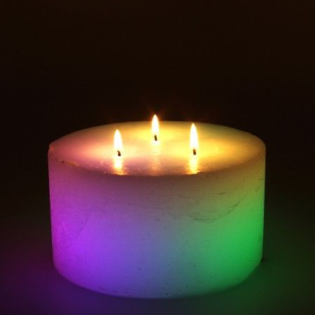 Passion rose scented candle bursts with color. Its a romantic mood enhancing candle. Good option as valentine day gift.