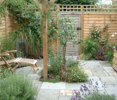 LandArt UK Home. Creating beautifully designed gardens in South West London, Surrey, Middlesex, Hampshire