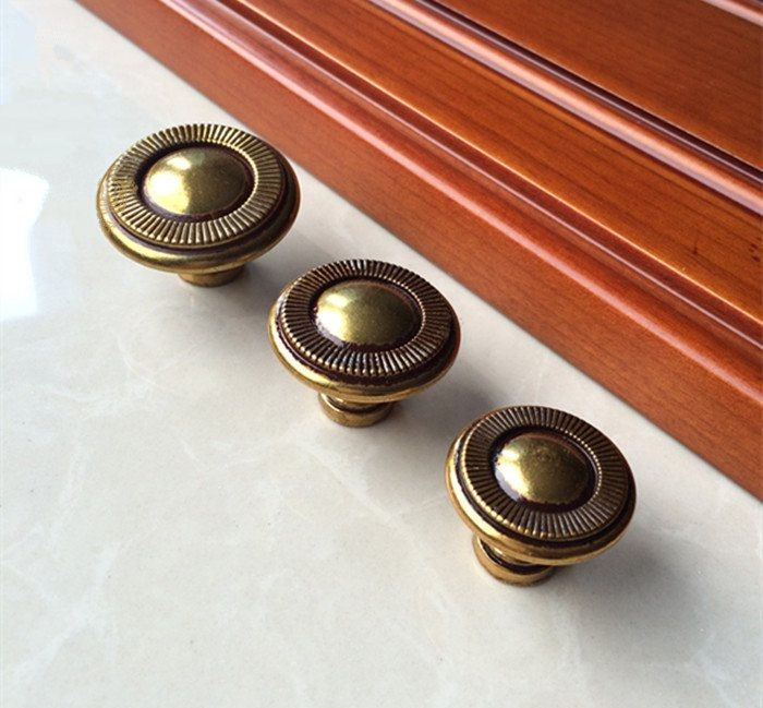 142 best White Gold knobs & handles images on Pinterest   Pull ...