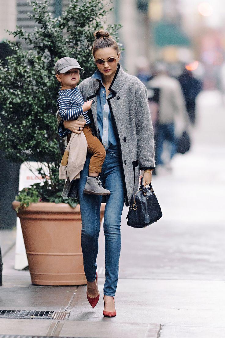 Street style mama :):):) very cute