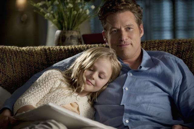 James Tupper and Emily Alyn Lind in Revenge - Duplicity