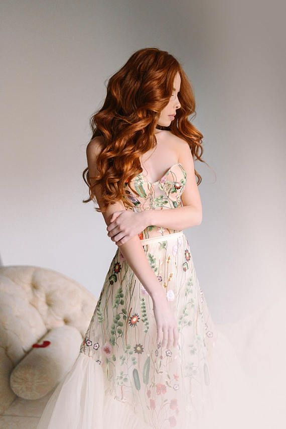 New High Quality Medium Weight Nude Colour Elegant Floral  Dress Fabric