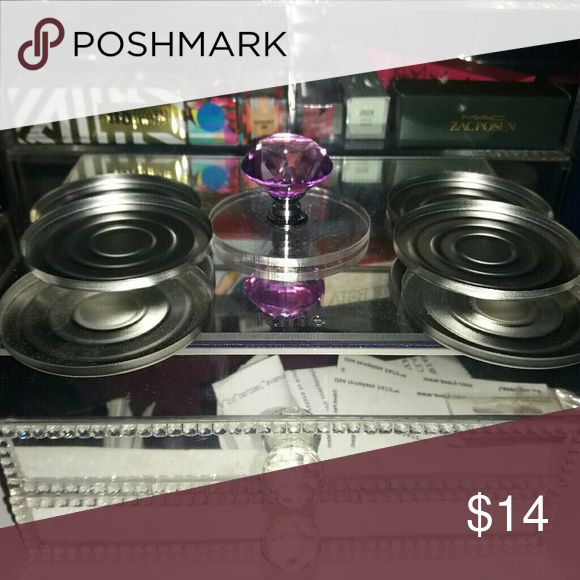 57mm presser for compact 1 57mm presser for compacts and more  6 pans   Great for fixing broken jeffree star compacts , mac bronzers blush and highlighters same size as Mac compacts if it's broke don't toss it fix it   Just press MAC Cosmetics Makeup Face Powder