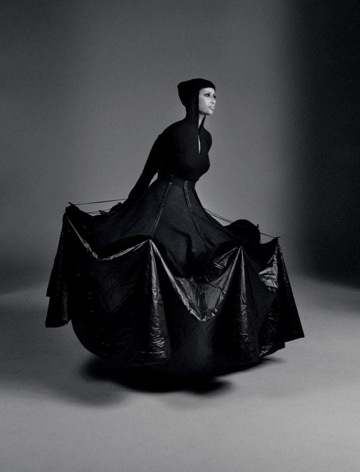 Sculptural Fashion - dramatic black dress with 3D silhouette; conceptual fashion design // Yohji Yamamoto