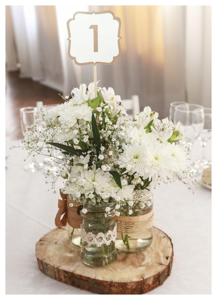 17 mejores ideas sobre centros de mesa de flores blancas - Mesa de centro vidrio ...