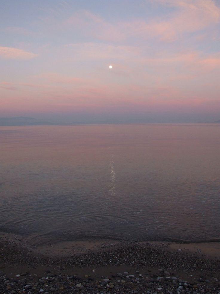 Full moon in Sykia.