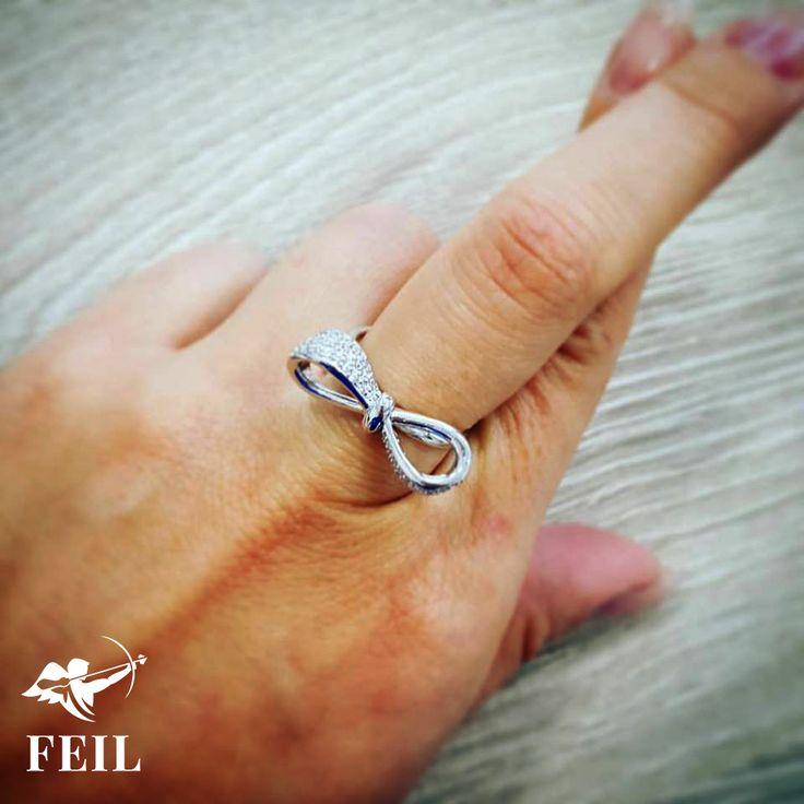 Masnis Gyémántgyűrű / Bow Diamond Ring by FEIL