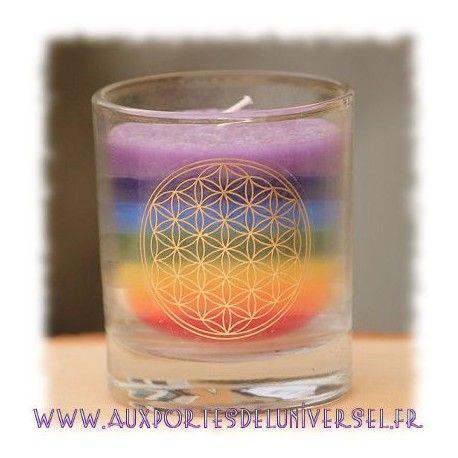 Bougie fleur de vie 7 chakras sur la boutique ésotérique en ligne Aux Portes de l'Universel