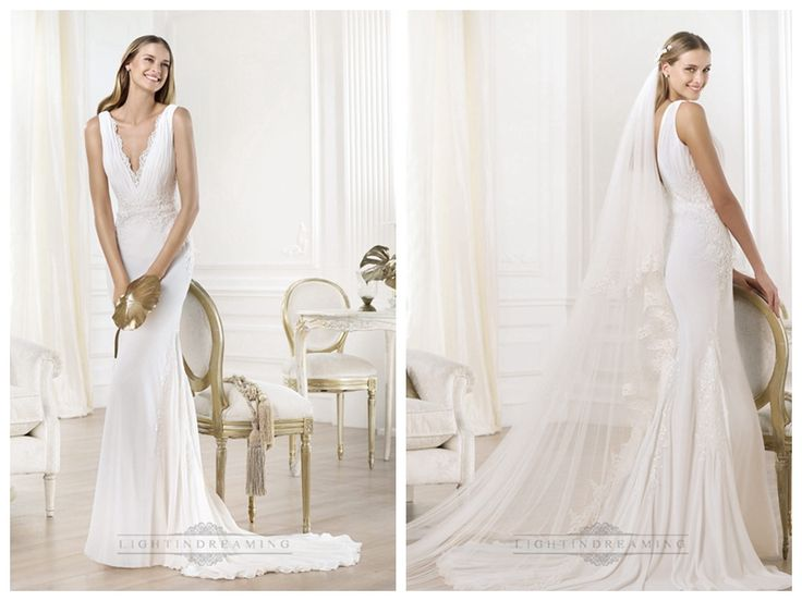 Gorgeous V-neck And V-back Mermaid Wedding Dresses Featuring Applique