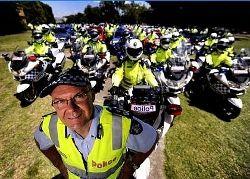 Il Motociclista Rambo e le Cinture di Sicurezza