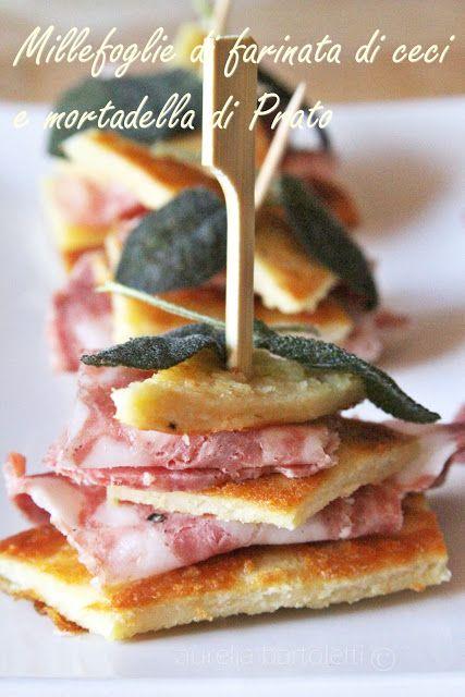 Profumi in cucina: Finger food di cecina e mortadella di Prato http://www.profumincucina.com/2013/07/finger-food-di-cecina-e-mortadella-di.html