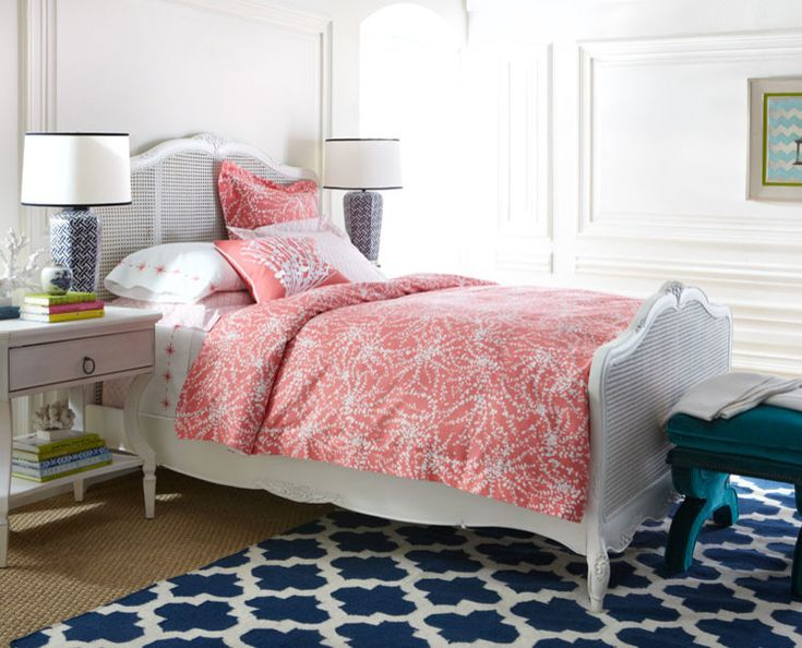 Navy Blue Bedside Table: 17 Best Ideas About Navy Blue Comforter On Pinterest