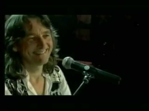 "-they'll be calling you a radical... ""Logical Song"" - Roger Hodgson co-founder of Supertramp w/ Orchestra -Music VIDEO:"