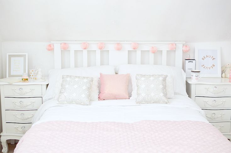 1000+ Ideas About Pink Bedroom Decor On Pinterest