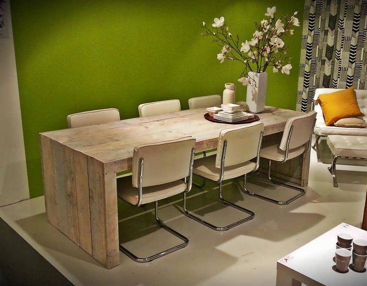 Supergave tafel!  Steigerhout Furniture - Steigerhout tafel Olavi.