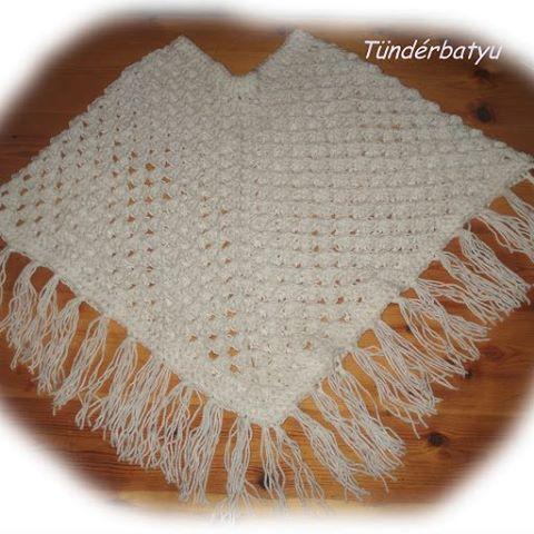 snowwhite #crocheted girl poncho www.facebook.com/tunderbatyu