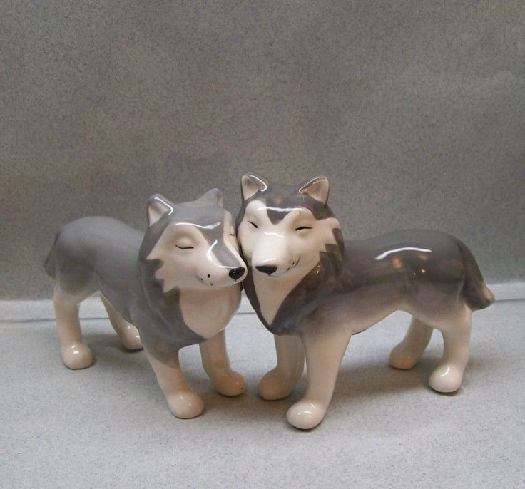 1 of 2: Grey Wolf Wolves Salt & Pepper Shakers Wg