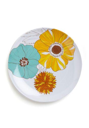 flower power: Dinners Plates, Add Flower, Fabrics Flower, Flower Power, Plastic Plates, Pretty Flower, Flower Patterns, Plates Flower, Flower Plates