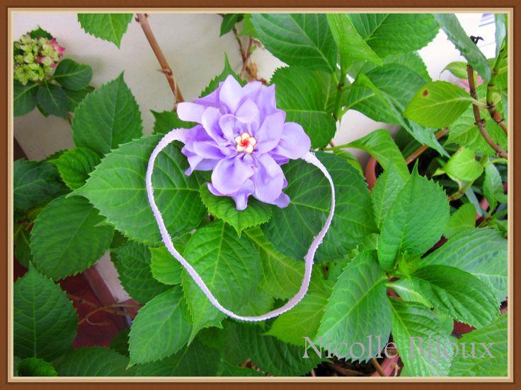 Bentita cu floare mov
