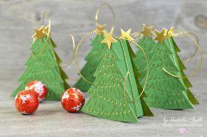 """Nach einer etwas längeren Kreativ-Pause bin ich zurück mit diesen süßen, kleinen Christbäumchen. Mit den Framelits """"Perfect Pines"""", dem dazugehörigen Stempelset und einem kleinen Papierstreifen, lassen sich in Windeseile kleine Verpackungen anfertigen. Es passen dann exakt zwei kleine Lindt-Lindor-Kügelchen in die Weihnachtsbaum-Dose. Durch die goldene Schnur wird verhindert dass die Schachtel ausversehen aufgeht und gleichzeitig kann man sie als Anhänger verwenden :)"""