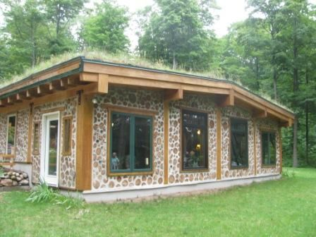 Oh, how I'd love to have a cordwood cabin in the woods.