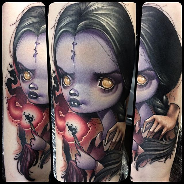 Woe to the republic! I did this spooky little Wednesday Addams on the absolutely lovely Lexi at @villainarts Philadelphia Tattoo Convention yesterday and got second place tattoo of the day! This show was insane! A huge thank you to Lexi for sitting like a monster and not even taking a break holy crap! This was so fun! And thanks to my amazing sponsors, many of which I actually got to see this weekend! @helheimgallery #helheimgallery #salem #salemma @spikeinkmaster #inkmaster…