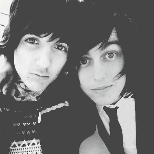 Oliver Sykes from Bring Me The Horizon, and Kellin Quinn from Sleeping With Sirens~