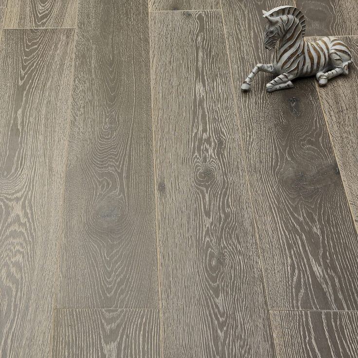Whitewashed Luxury Platinum Oak Engineered Wood Flooring - 6