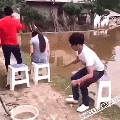 JAJAJAJAJA ¡Por idiota!  :^
