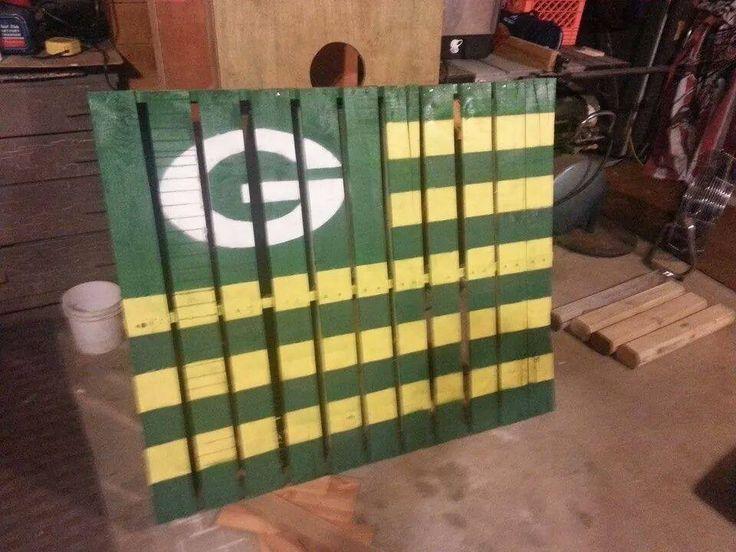 Green Bay Packer Pallet.