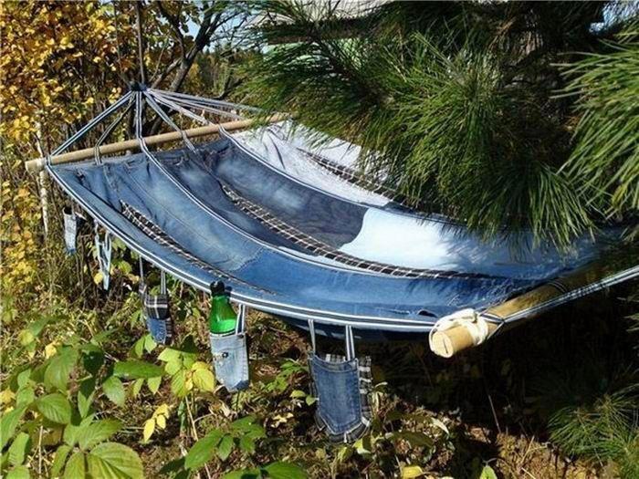 hammock made with blue jeans https://sphotos-a.xx.fbcdn.net/hphotos-ash4/482775_420200158073722_88833324_n.jpg